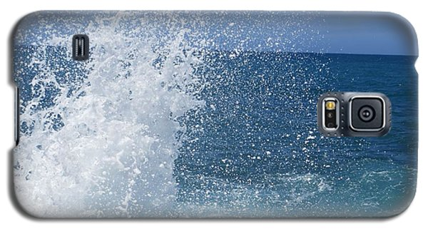 Galaxy S5 Case featuring the photograph Splash by Jean Marie Maggi