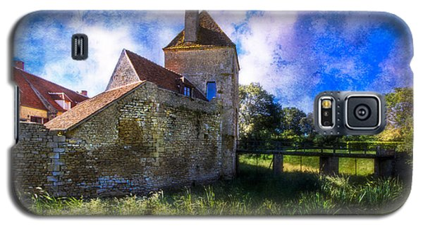 Spring Romance In The French Countryside Galaxy S5 Case by Debra and Dave Vanderlaan