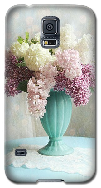 Galaxy S5 Case featuring the photograph Spring's Glory by Sylvia Cook