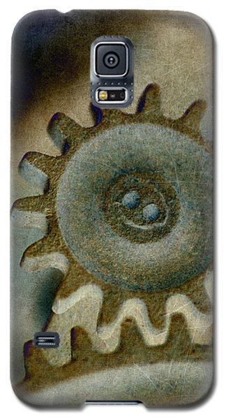 Galaxy S5 Case featuring the photograph Sprocket 2 by WB Johnston