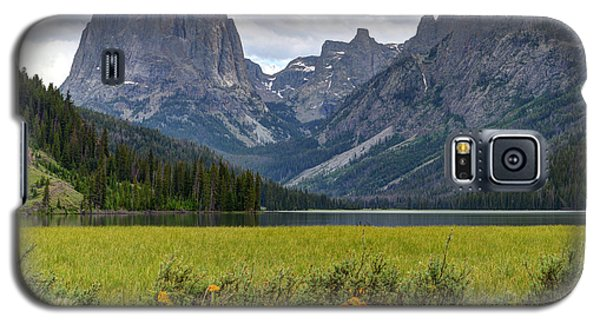 Squaretop Mountain And Upper Green River Lake  Galaxy S5 Case