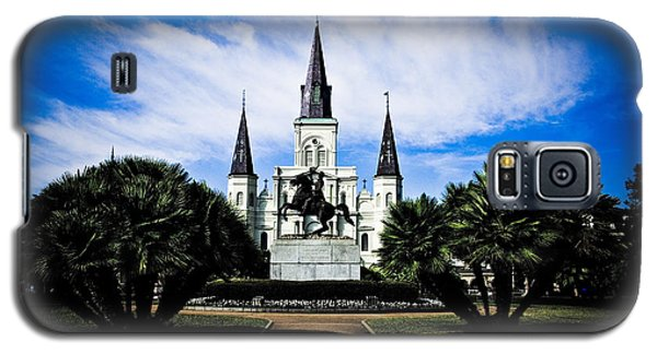 Galaxy S5 Case featuring the photograph St Louis Cathedral In Jackson Square by Ray Devlin