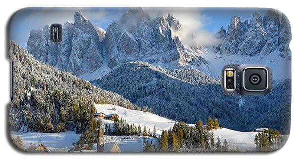 St. Magdalena Village In The Snow In Winter Galaxy S5 Case