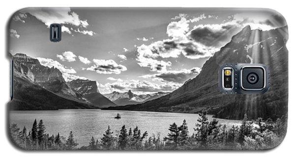 St. Mary Lake Bw Galaxy S5 Case