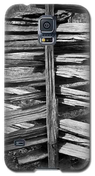 Galaxy S5 Case featuring the photograph Stacked Fence by Lynn Palmer