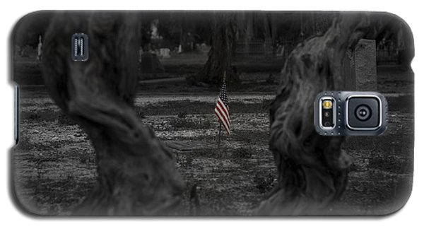Galaxy S5 Case featuring the photograph Standing Proud by Amber Kresge