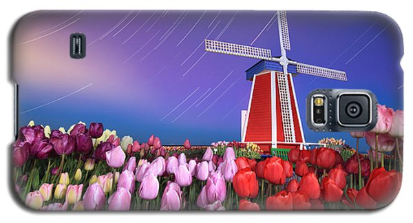 Star Trails Windmill And Tulips Galaxy S5 Case by William Lee