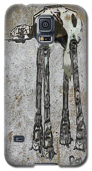 Star Wars At-at Cow Graffiti Galaxy S5 Case by Andy Walsh