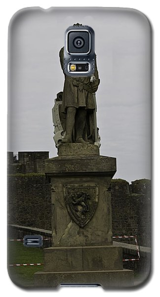 Statue Of Robert The Bruce On The Castle Esplanade At Stirling Castle Galaxy S5 Case by Ashish Agarwal