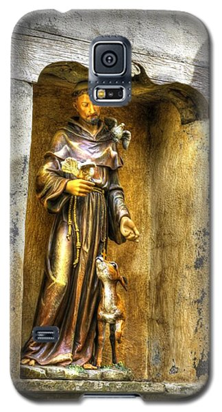 Statue Of Saint Francis Of Assisi - Alcove In The Gardens Of The Carmel Mission Galaxy S5 Case