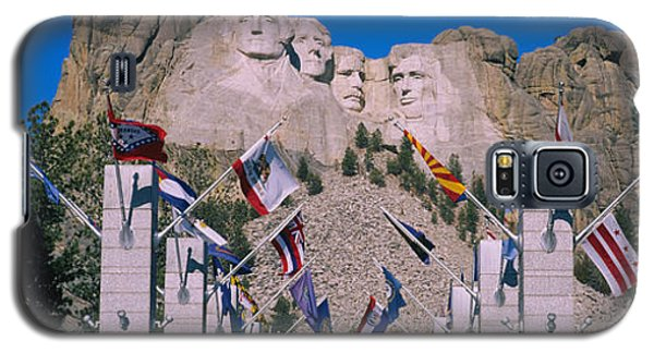 Statues On A Mountain, Mt Rushmore, Mt Galaxy S5 Case