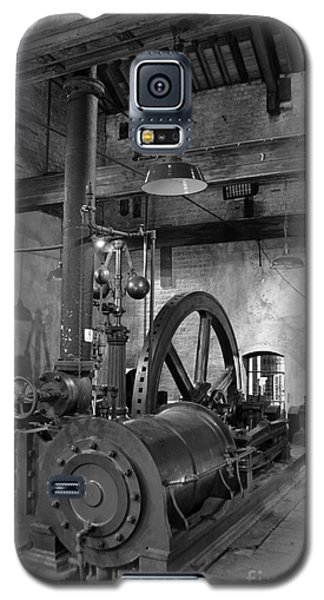 Steam Engine At Locke's Distillery Galaxy S5 Case