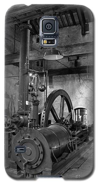 Steam Engine At Locke's Distillery Galaxy S5 Case by RicardMN Photography