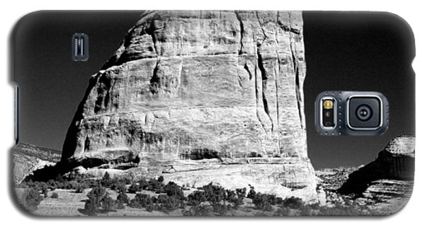 Steamboat Rock Black And White Three Galaxy S5 Case by Joshua House