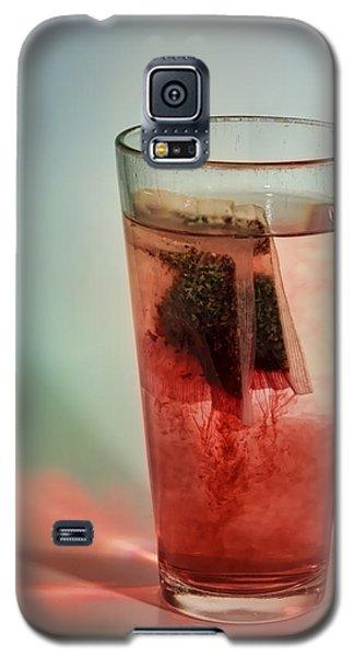 Steeping Herbal Tea Galaxy S5 Case by Gregory Scott