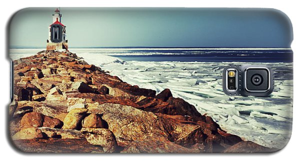 Galaxy S5 Case featuring the photograph Stone And Ice At Wisconsin Point by Mark David Zahn