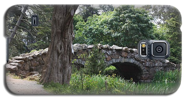 Galaxy S5 Case featuring the photograph Stone Bridge At Stow Lake by Susan Alvaro
