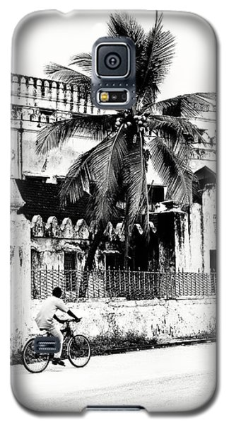 Galaxy S5 Case featuring the photograph Tanzania Stone Town Unguja Historic Architecture - Africa Snap Shots Photo Art by Amyn Nasser