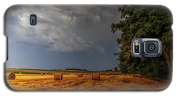 Storm Clouds Over Harvested Field In Poland Galaxy S5 Case