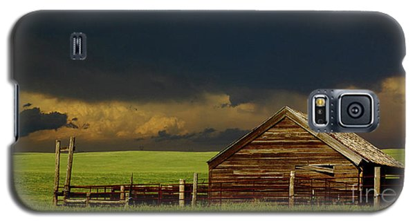 Storm Crossing Prairie 2 Galaxy S5 Case