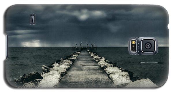 Storm Over The Sea Galaxy S5 Case