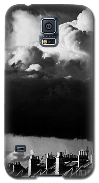 Galaxy S5 Case featuring the photograph Stormclouds Approaching by Craig B