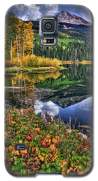 Stormy Skies At Woods Lake Galaxy S5 Case by Priscilla Burgers