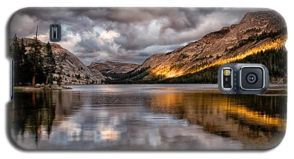 Stormy Sunset At Tenaya Galaxy S5 Case by Cat Connor