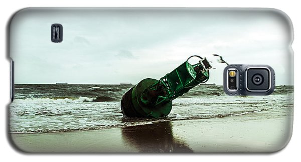 Galaxy S5 Case featuring the photograph Stranded by Angela DeFrias