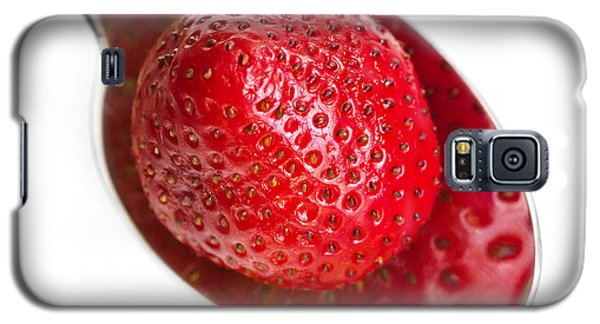 Strawberry Puddle Galaxy S5 Case by Dee Cresswell