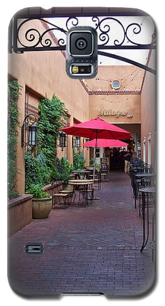 Galaxy S5 Case featuring the photograph Streets Of Santa Fe by Sylvia Thornton