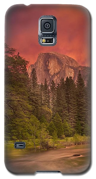 Strength And Romance  Galaxy S5 Case