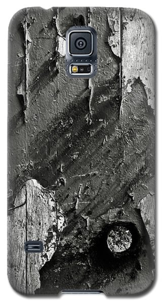 Stripping Hull Of An Old Abandoned Ship Galaxy S5 Case