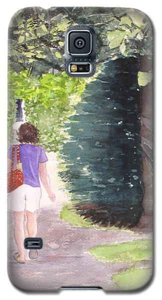 Galaxy S5 Case featuring the painting Strolling With Mom by Carol Flagg