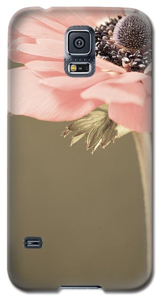 Subdued Anemone Galaxy S5 Case by Caitlyn  Grasso