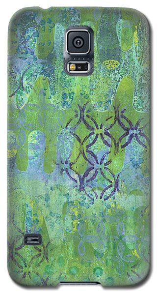 Galaxy S5 Case featuring the mixed media Subtle 1 by Lisa Noneman