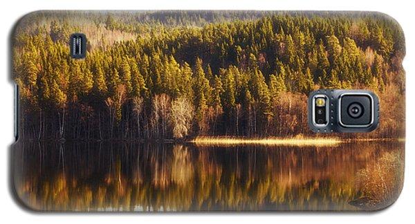 Summer Landscape Mirrored In Inland Lake Galaxy S5 Case