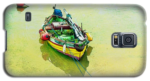 Galaxy S5 Case featuring the photograph Summer Morning by Brian Tarr