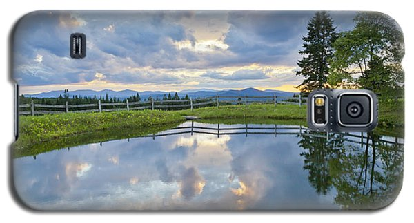 Summer Pond Reflection Galaxy S5 Case