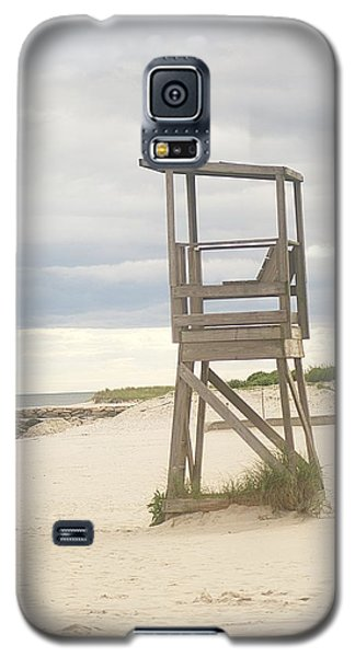 Galaxy S5 Case featuring the photograph Summer Throne Lifeguard Chair by Suzanne Powers