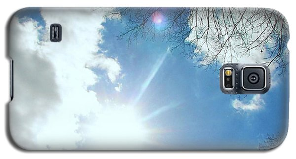 Galaxy S5 Case featuring the photograph Sun Burst by Pamela Hyde Wilson