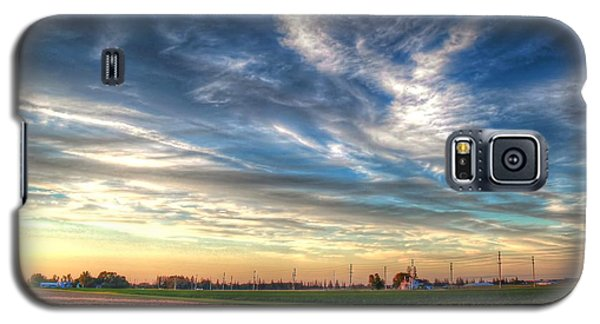 Galaxy S5 Case featuring the photograph Sun Down by Michaela Preston