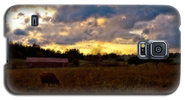 Sun Down On The Farm Galaxy S5 Case by Ken Frischkorn