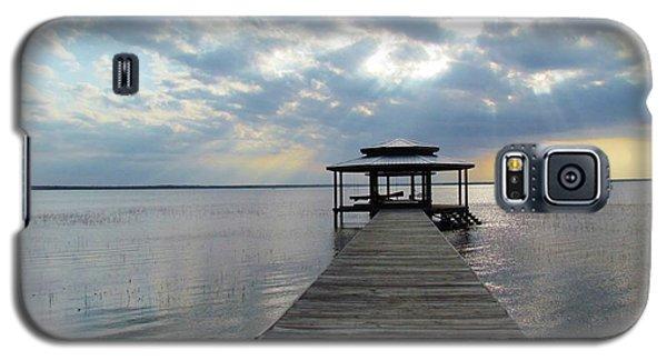 Sun Rays On The Lake Galaxy S5 Case