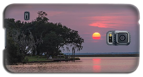 Sun Setting In The Bayou Galaxy S5 Case by Brian Wright