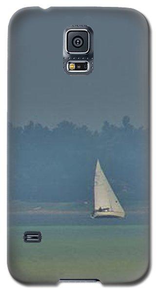 Sunday Sailing  Galaxy S5 Case by Daniel Thompson