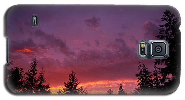 Galaxy S5 Case featuring the photograph Sundown In Lilac And Orange by Adria Trail