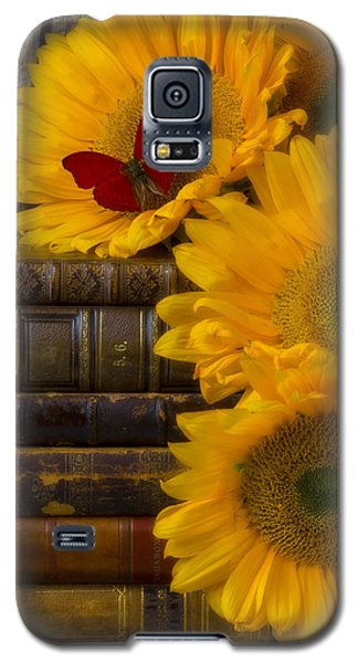 Sunflowers And Old Books Galaxy S5 Case