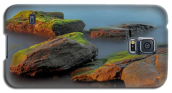 Galaxy S5 Case featuring the photograph Sunkissed Rocks by Jacqui Boonstra