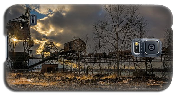 Sunlight Through A Coal Loader Galaxy S5 Case